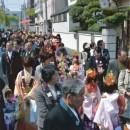 堺の街をたくさんのかわいいお稚児さんが練り歩きました